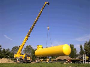 Einlagerung eines Grosstanks